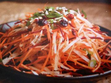 Салат из корневых плодов аля коул слоу