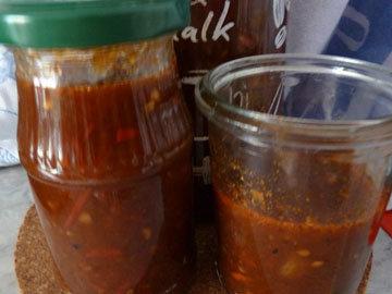 несложно приготовить острый соус 4
