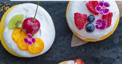 Красивые пирожные