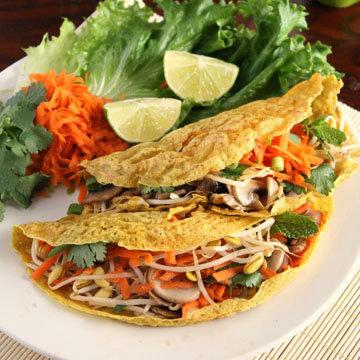 Хрустящие вьетнамские блины (бан хо)