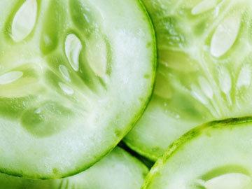 6. Салат из огурцов с яблоками