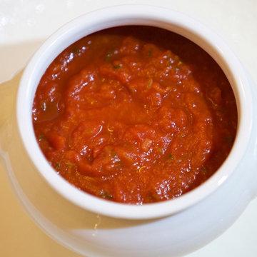 Попробуйте соусы