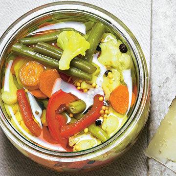 1. Piccalilli - овощи в горчичном соусе
