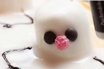 Как украсить торт Снеговик