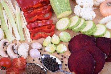 Простые блюда из овощей. Салаты