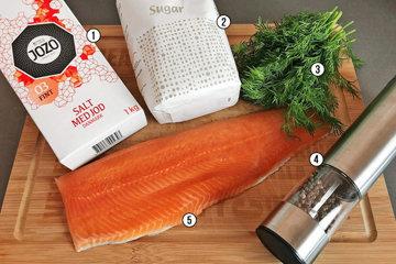 Как солить рыбу GRAVED LACHS и форель целиком 1