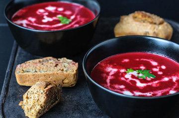 Веганский суп из свеклы