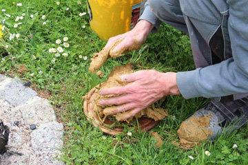 Курица на костре в глине 2
