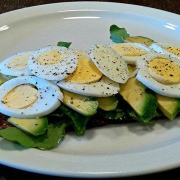 бутерброды популярны на завтрак, обед и ужин