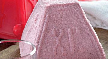 Розовая творожная пасха с кокосом