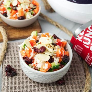 6. Рисовый салат с клюквой