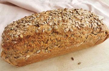 Цельнозерновой хлеб в духовке быстро