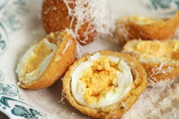 2. яйца с сыром