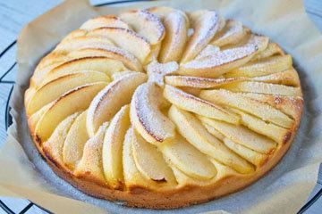 II. Простой рецепт яблочного пирога - тарт с миндальной начинкой