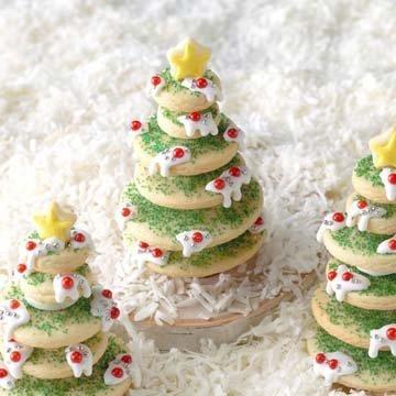 Даже вместо настоящей елочки можно поставить елочку съедобную - из печенья!