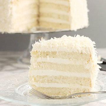 вкусный торт с безе и кремом