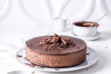Шоколадный торт без выпечки из печенья и шоколада 1