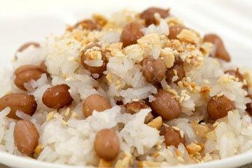 Липкий рис с арахисом на пару 1