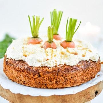 кусочки живой морковки