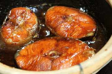 различия в приготовлении тушеного лосося по-вьетнасмски