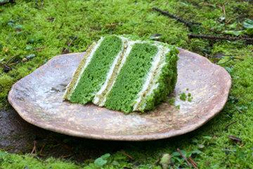 Зеленый торт с крапивой Изумрудный 2