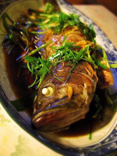 Кантонская рыба на пару